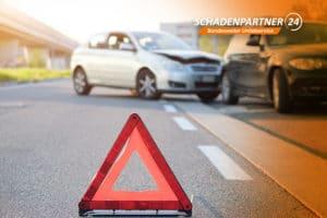 Absicherung der Unfallstelle - Schadenpartner24 Wir helfen 0800 2472477